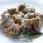 Gnocchi di Farina di Castagne Ripieni di Ricotta e Pecorino con Pancetta e Noci