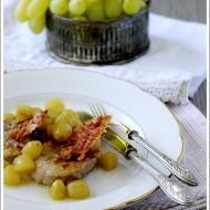 Filetto di Maiale all'Uva con Pancetta Croccante