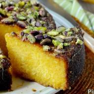Torta di Farina Gialla all'Arancia e Pistacchi