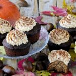 Cupcakes di Farina di Castagne con Frosting alla Zucca