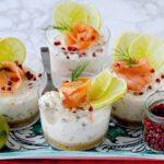 Cheesecakes (senza cottura) al Salmone con Lime, Aneto e Pepe Rosa