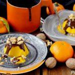 Budini di Zucca e Mandarini con Noci e Salsa al Cacao