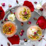 Malabi: Budino Arabo di Latte e Farina di Riso con Sciroppo all'Acqua di Rose