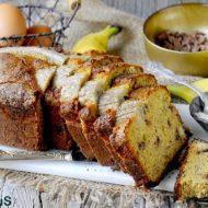 Banana Bread al Farro con Cioccolato al Latte e Anacardi